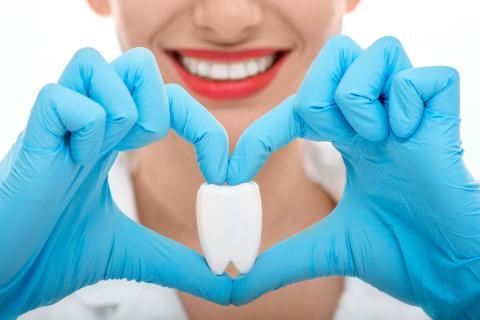 стоматолог-хирург, стоматолог-хирург в Чебоксарах, сохранить зубы, операции по сохранению зубов